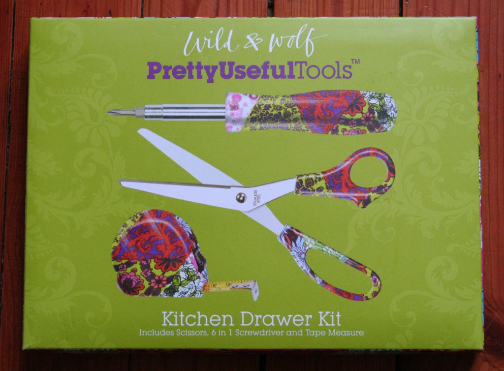 Pretty Useful Tools : un kit de bricolage fashion