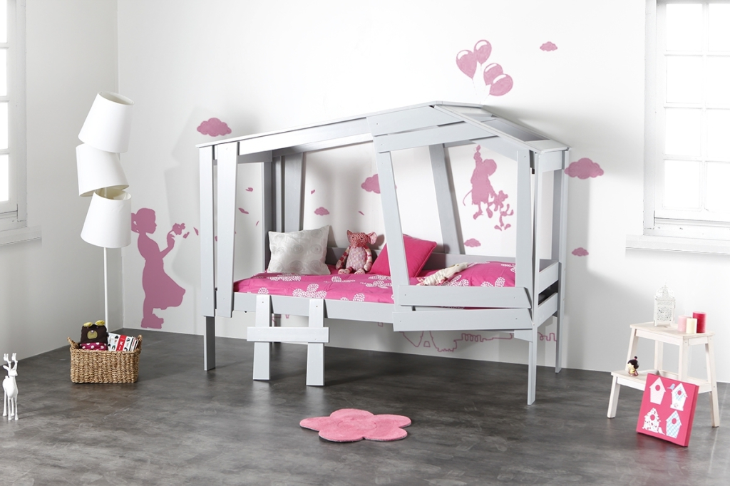 lit cabane l 39 aventure continue mademoiselle d co. Black Bedroom Furniture Sets. Home Design Ideas