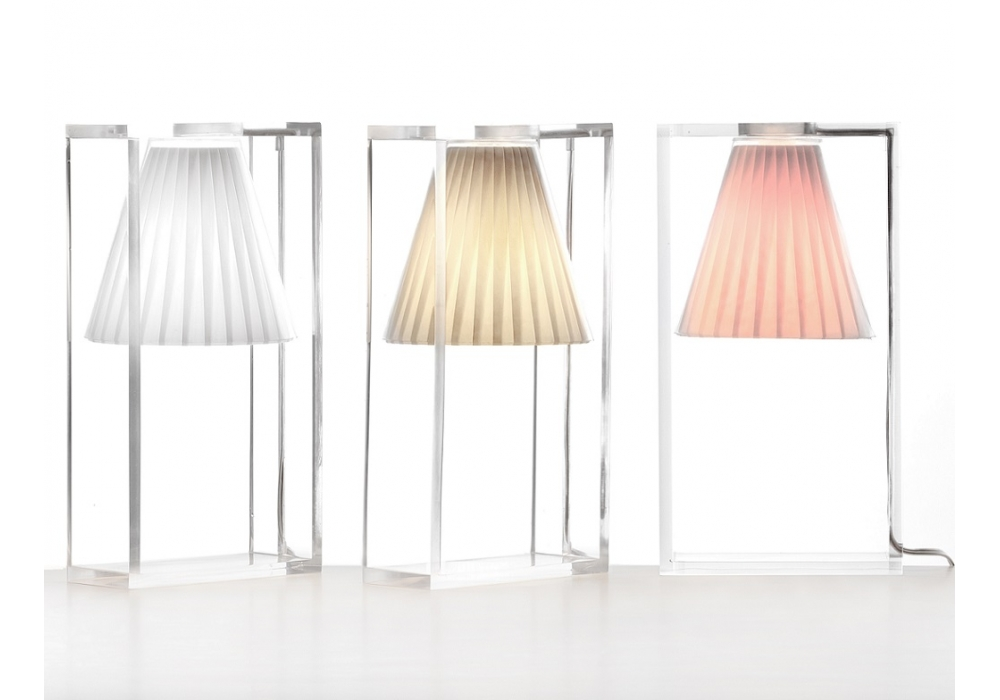 Light air la nouvelle petite lampe de kartell - Table de chevet kartell ...
